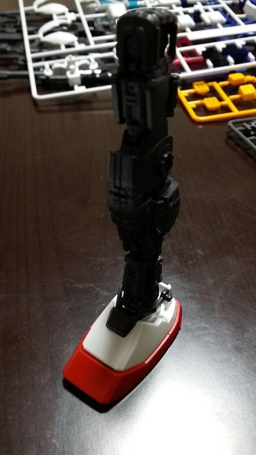 MG 1/100 RX-78-2 ガンダム 脚のパーツ解説その7 立たせてみる|ガノタな父のブログMK-弐